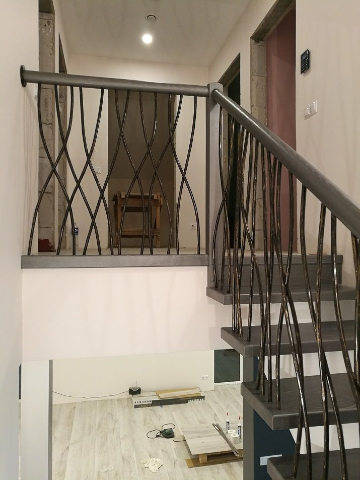 laiptai ant siauro gelzbetonio