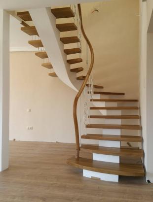 laiptai uosines pakopos