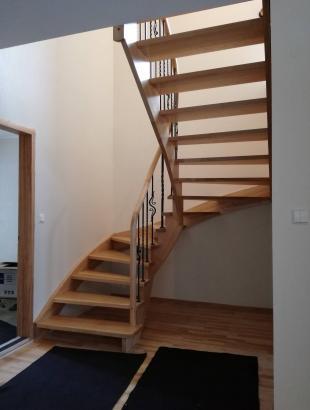 uosiniai laiptai erdvinis porankis